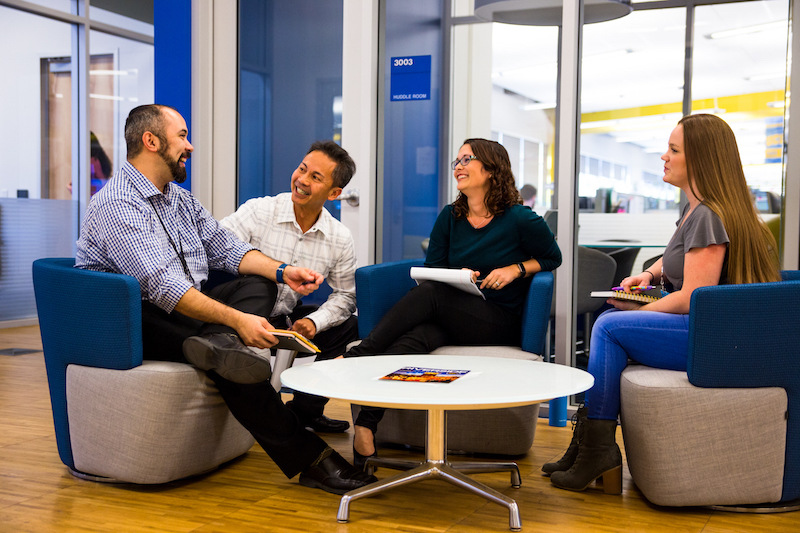 5 Important Reasons to Love Your Job and Colleagues